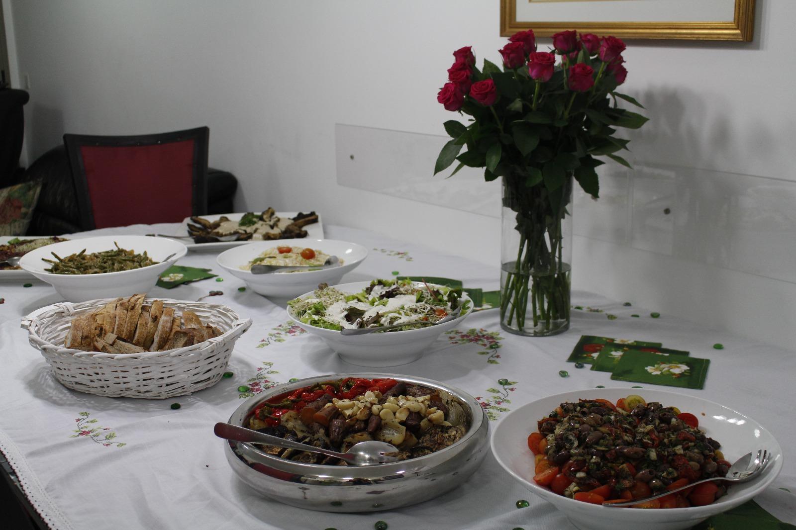 חברת קייטרינג גורמה לאירועים קטנים בבית פרטי – קיטרינג הד שף
